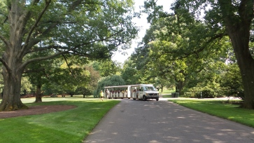 new york botanical gardens shuttle travel