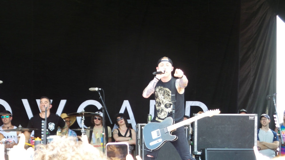 Ryan Key Performing with Yellowcard on Vans Warped Tour 2016