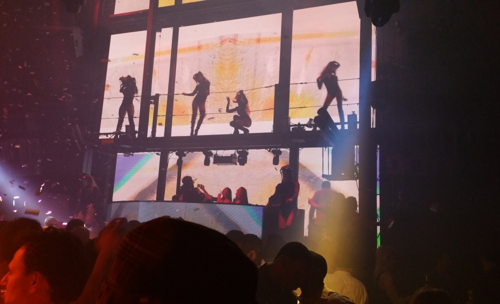 Las Vegas Marquee Dancers