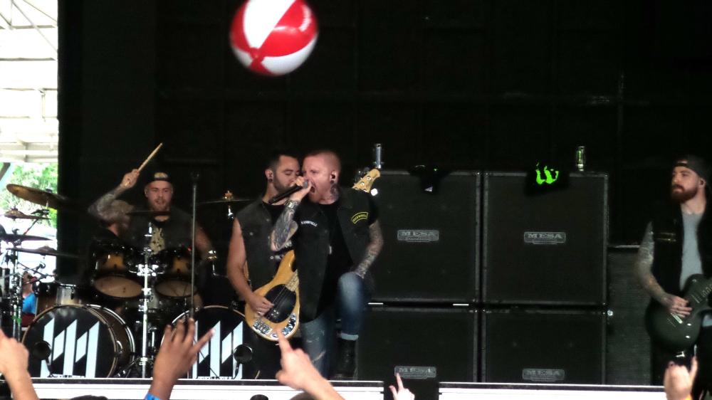 3 Matty Mullins Memphis May Fire Vans Warped Tour 2017 Atlanta.jpg